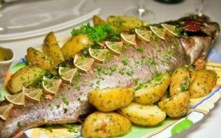 Приготовить рыбу с картошкой в духовке