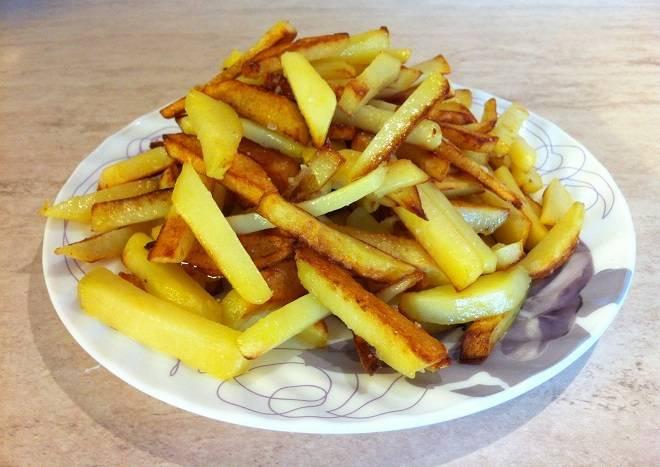 блюдо жареная картошка