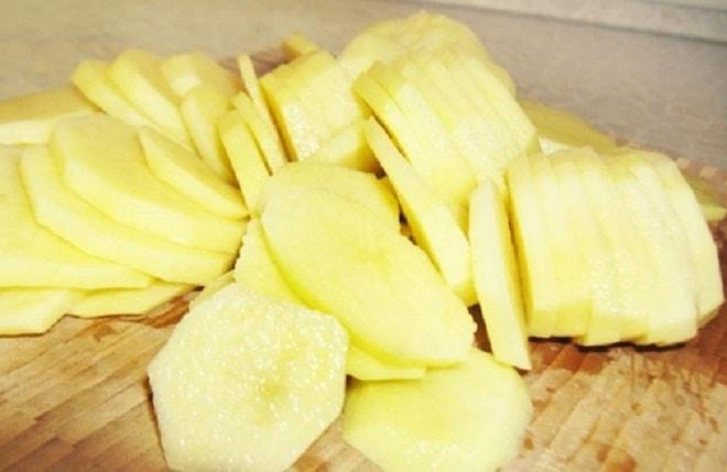 картошка нарезанная кружочками