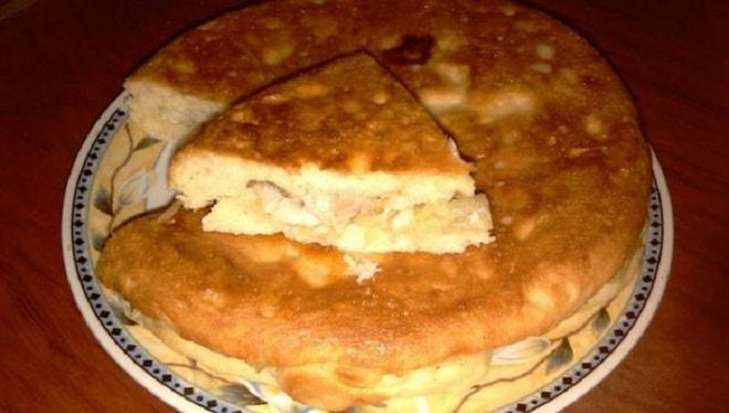 заливной пирог с сайрой и картошкой
