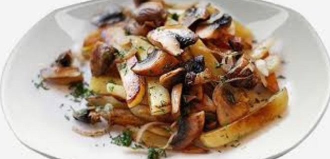 жаренная с грибами