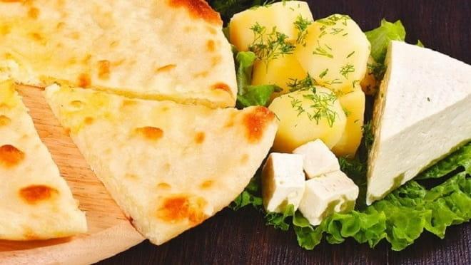 осетинский пирог с сыром и картофелем