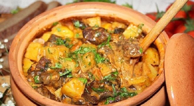 Картошка в горшочках с говядиной