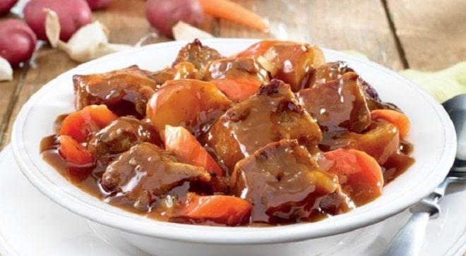 картошка в шоколадном соусе с говядиной