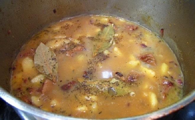 картошка в соусе из баранины