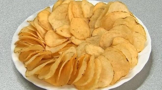 Чипсы из картошки в духовке – 8 рецептов